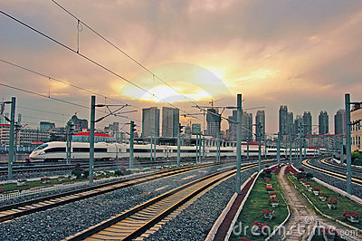 high-speed-train-sunset-13685166