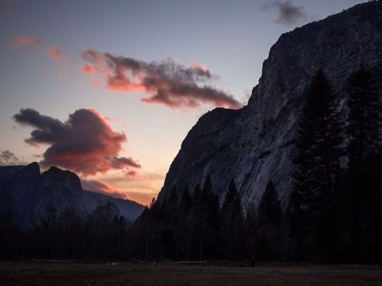 MOUNTAIN PIC FROM YOSEMITE2
