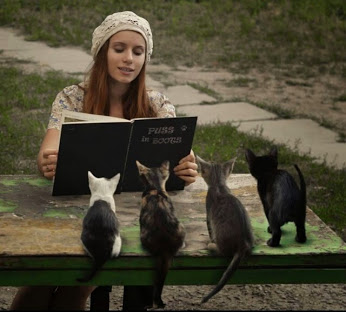 READ TO YOUR CATS!