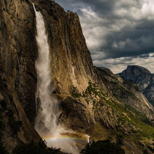 yosemite-waterfall